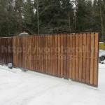 Откатные ворота, деревянные ламели