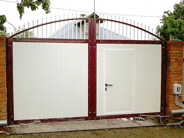 Распашные ворота. Безопасность